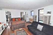 Studio flat in Phillimore Gardens...