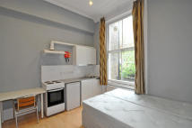 Studio apartment to rent in Cheniston Gardens...
