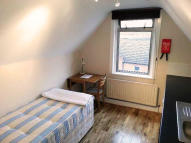Studio flat to rent in Malwood Road...