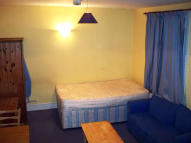 Flat Share in Sulgrave Road...