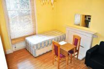 Studio apartment to rent in Glazbury Road...