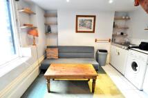 Studio flat in De Vere Gardens...