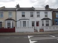 4 bed Terraced property to rent in Waldo Road, LONDON