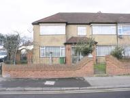 5 bedroom End of Terrace property in CHESHUNT WASH...