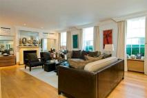 5 bed home in Lyall Mews, Belgravia...