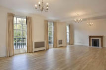 Flat in Grosvenor Square...