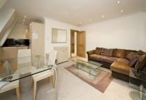 2 bed Flat to rent in Top Floor Flat...