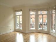 3 bedroom Flat to rent in Ralston Street, Chelsea...