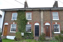 Cottage to rent in Tring, Hertfordshire
