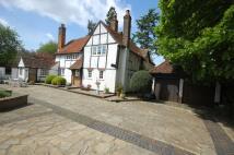 4 bedroom Detached home in Leverstock Green Village...