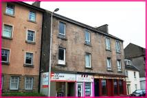 Flat in East Clyde Street...