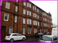 Flat to rent in Station Road, Dumbarton...