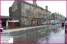 1 bed Ground Flat in GLASGOW ROAD, Dumbarton...