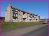 Flat to rent in Bellsmyre Avenue...