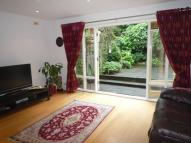 3 bed Terraced home in Oak Park Gardens...