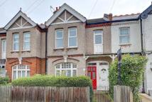 2 bedroom Maisonette for sale in Kingston Road...