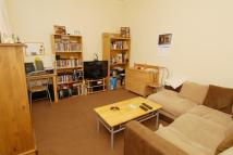 1 bed Flat to rent in Kingston Road...
