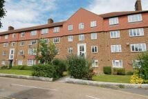 1 bedroom Flat in Bushey Road, Raynes Park...