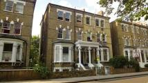 Flat to rent in Richmond Road...