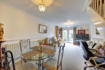 2 bed Terraced house in Battle Close, Wimbledon...