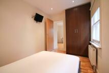 Flat to rent in Kings Avenue London