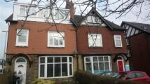 Flat to rent in Austhorpe Road...