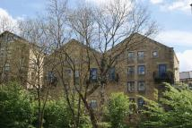 4 bed Town House in The Locks, Bingley