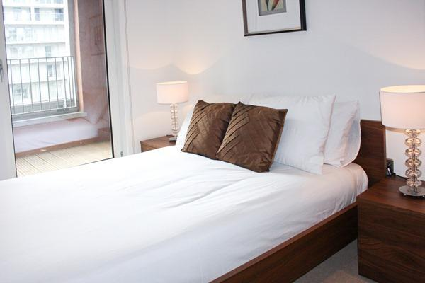 Bed 2 600