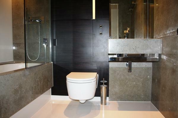 bathroom 600