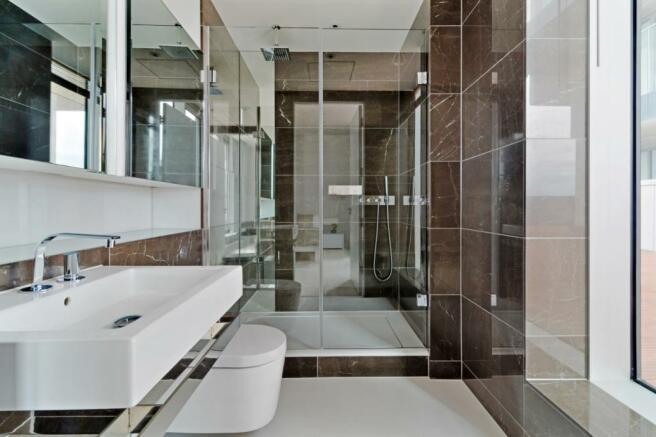 Bathroom - 930bal...