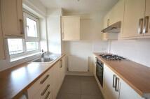 Flat to rent in Grange Road, Plaistow