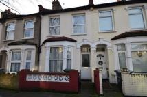 2 bedroom house to rent in Humberstone Road...