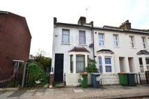 2 bed house to rent in Pond Road, West Ham...