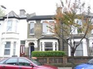 4 bed house to rent in Fairland Road, Stratford...