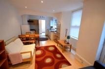 Flat to rent in Buckland Road...