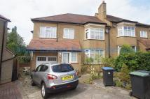5 bedroom semi detached home in Park Way, Enfield