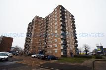 Flat in Ayley Croft, Enfield