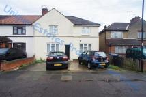 5 bed End of Terrace property in Meads Road, Enfield