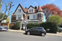 Flat to rent in Whitehall Park,