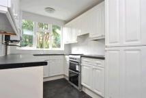 2 bed house in Toyne Way, Highgate...