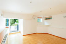 Detached home to rent in BIRCHWOOD DRIVE, London...