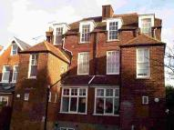 Flat to rent in Kenya Court Whitstable...