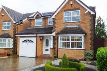 4 bed Detached house in Farm View Drive...