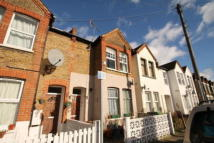Maisonette to rent in Newly refurbished...