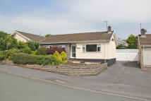 3 bed Bungalow in Glynderi, Tanerdy...