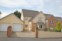 Detached property in LLys Bethesda, Tumble...