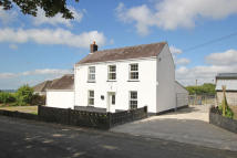 4 bedroom Detached property in Blaenycoed Road...
