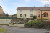 3 bed semi detached house in Croft Cottages, Heol Goi...