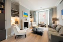 4 bed house in Gloucester Road...
