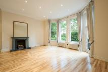 2 bedroom Flat to rent in Courtfield Road...